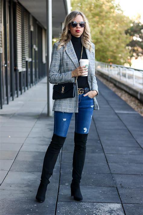 overknees stiefel grau outfit kombinieren herbst jeans steffen