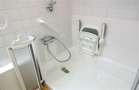 si鑒e de baignoire revêtement fond antidérapant et baignoire senior bains