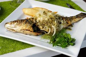 Cuisiner Le Bar : recettes de loup id es de recettes base de loup ~ Melissatoandfro.com Idées de Décoration