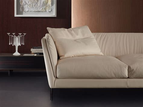 Poltrona Frau Bretagne : Buy The Poltrona Frau Bretagne Three Seater Sofa At Nest.co.uk