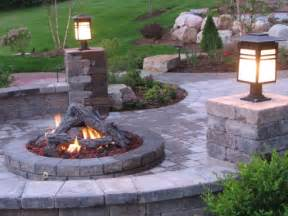 Outdoor Patio with Fire Pit Designs