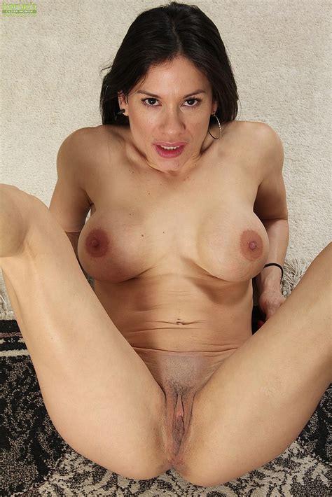 Latina Milf Isabella Rodriguez Take Off Her Dress Milf Fox