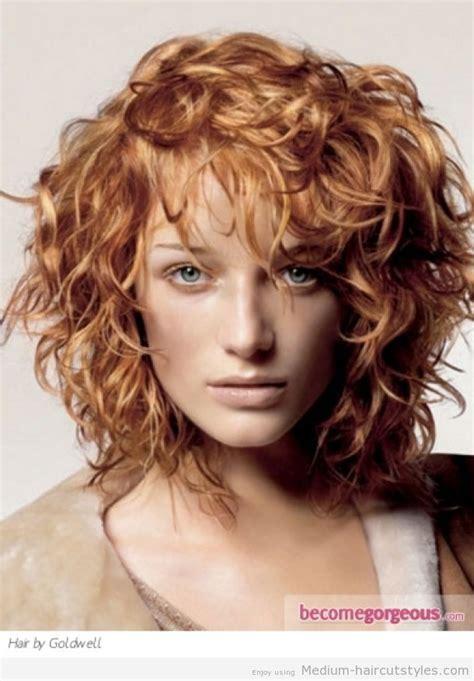medium wavy hairstyles with bangs1 hair layered curly