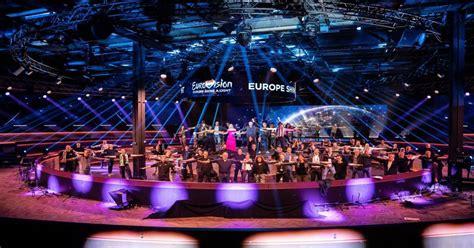 De winnaar van het vorige festival in 2019 repeteerde voor zijn coronabesmetting al in ahoy, die opname wordt zaterdagavond gebruikt. De 4 scenario's om Eurovisie 2021 te realiseren   één.be