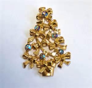 avon brooch christmas tree brooch avon pin by kickassstyle on etsy