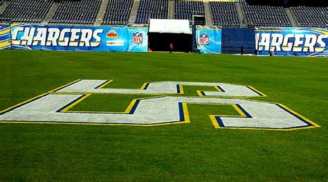 Junior Seau Honored By Former Coaches, Players In
