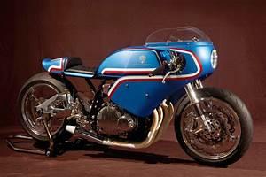 Suzuki Montlhery : suzuki d voile plusieurs pr pas au caf racer festival de montlh ry moto journal ~ Gottalentnigeria.com Avis de Voitures