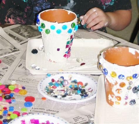 blumentöpfe gestalten mit kindern 1001 ideen f 252 r blument 246 pfe dekorieren mit stil und lust