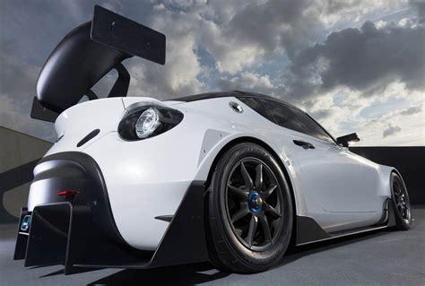 تويوتا اس اف ار رايسينغ سيارة سباق مميزة موقع ويلز