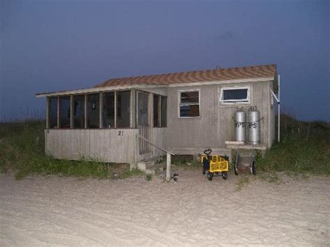 one of the cabins on great island picture of cape