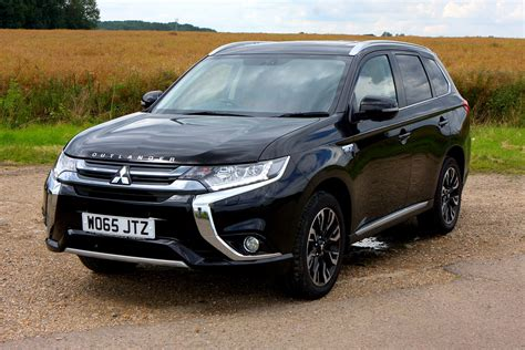 Reviews Of Mitsubishi Outlander by Mitsubishi Outlander Suv Review Parkers