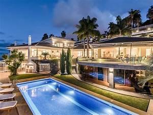 villa de luxe iles canaries tenerife espagne iles With la plus belle maison du monde avec piscine 6 magnifique villa contemporaine parsemee de palmiers au