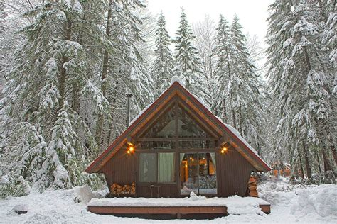 cabins in washington 7 rustic cabin rentals in the us for a dreamy getaway