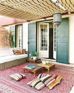 Ein Farbiger Terrassenteppich Wird Ihren Balkon Schn