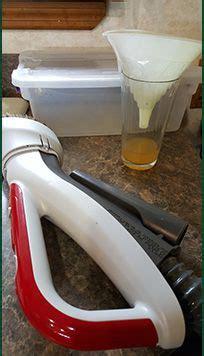 compost bin kitchen pail indoor outdoor countertop food trash fertilizer how to get rid of fruit flies near indoor composters or
