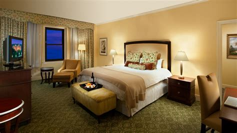 Suites In Washington Dc  Guest Rooms  Omni Shoreham Hotel. Sliding Panel Room Divider. Event Decorator. White Sofas In Living Rooms. Decorative Bath Towels. Diy Casino Party Decorations. Home Media Room. Lg Room Air Conditioner. Room For Rent Atlanta