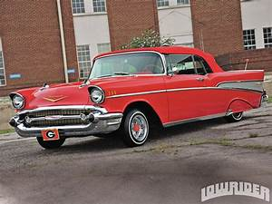 Chevrolet Bel Air 1957 : 1957 chevy bel air convertible lowrider magazine ~ Medecine-chirurgie-esthetiques.com Avis de Voitures