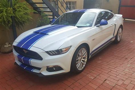 2017 Ford Mustang 5.0 Gt Fastback Auto Coupe ( Petrol