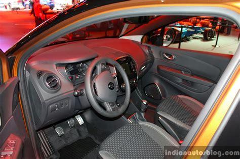 renault captur interior 2017 2017 renault captur facelift interior geneva motor show