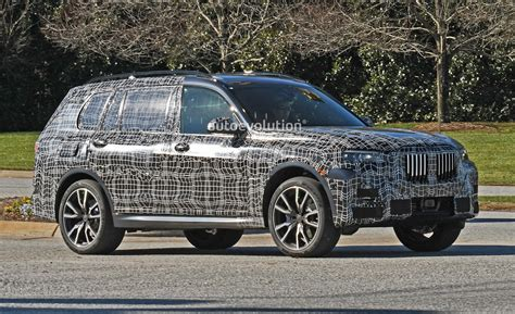 Spyshots 2019 Bmw X7 Looks Productionready With Blue