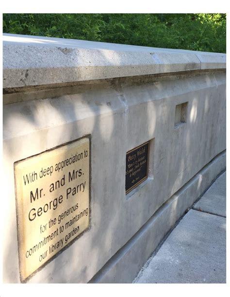 t smedinghoff memorial garden plaques river forest