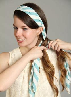 se coiffer avec  foulard  cheveux