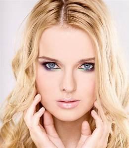 Sommerliches Augen Make Up Blaue Augen Schminken
