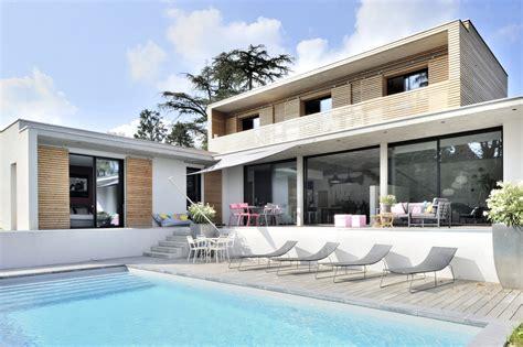 maison en bois lyon maison contemporaine charbonniere lyon fabien perret architecte lyon