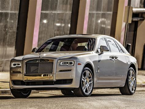 Download 3704x2778 Rolls Royce Ghost, Silver, Front View