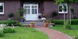 Gartenwege Pflastern Beispiele : sch ne hofeinfahrten und gartenwege pflastern und anlegen ~ Watch28wear.com Haus und Dekorationen