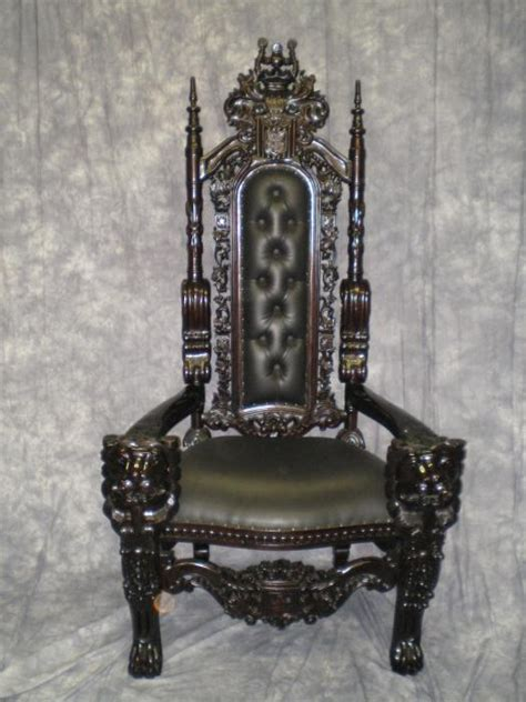 throne santa chair wood and black leather