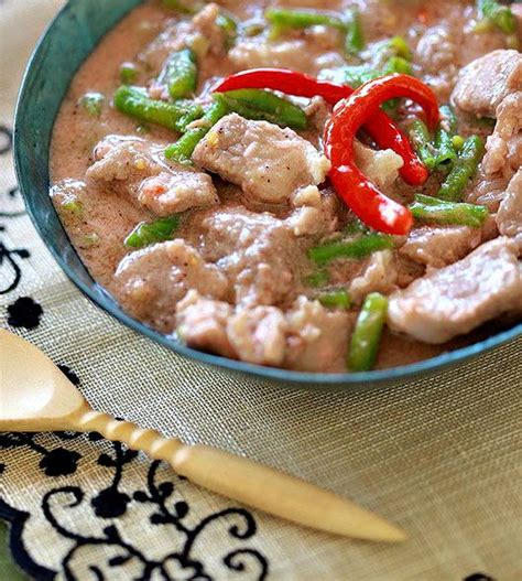cuisine express bicol express or sinilihan is one of the popular spicy