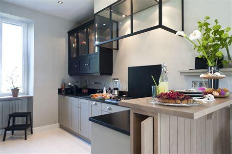 cuisine pour petit espace une cuisine sur mesure dans un petit espace ambiance