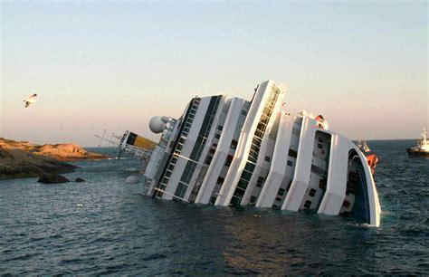las fotos m 225 s impactantes del accidente del costa concordia