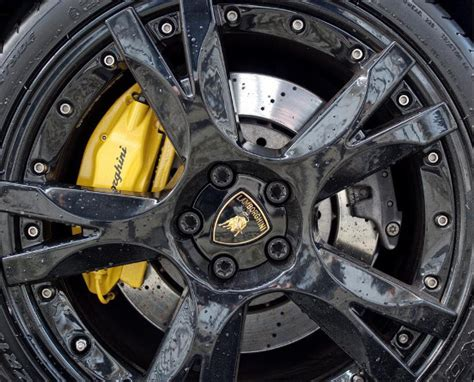 cars  disc brakes   drum brakes oponeo