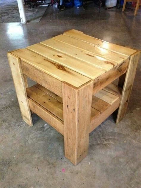 Creating a diy coffee table may not be as difficult as it seems. 20 DIY Pallets Wooden Side Tables And End Table Ideas - Pallets Platform