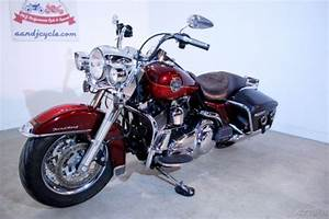 Harley davidson road king classic chrome extras and