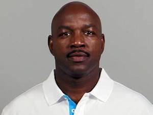 John Settle will coach the Browns running backs ...