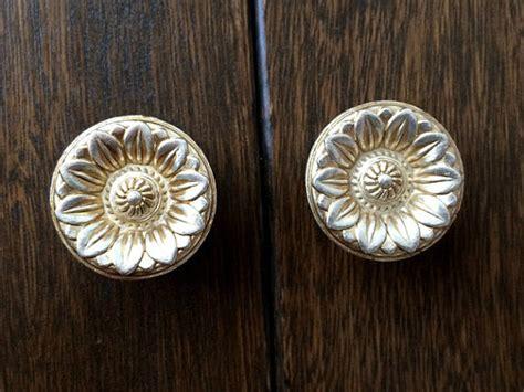 Shabby Chic Dresser Drawer Knobs Pulls Handles Antique
