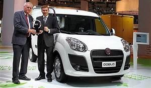 Fiat Utilitaire Le Mans : fiat un prix pour le doblo cargo blog automobile ~ Gottalentnigeria.com Avis de Voitures