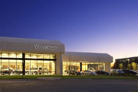 Plaza Motors Lexus  Controlco Inc