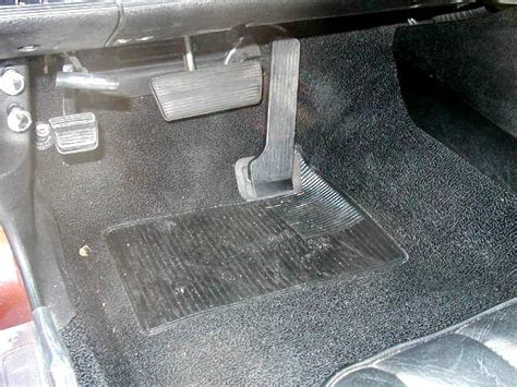 Cars With Floor Mounted Accelerator Pedal