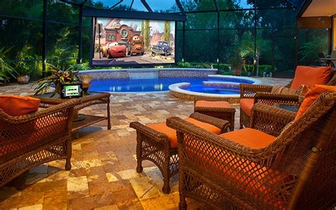 Four Tips For Your Perfect Outdoor Home Theater Setup