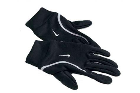 nike handschuhe winter tipps tricks laufen bei dunkelheit bilder fit for