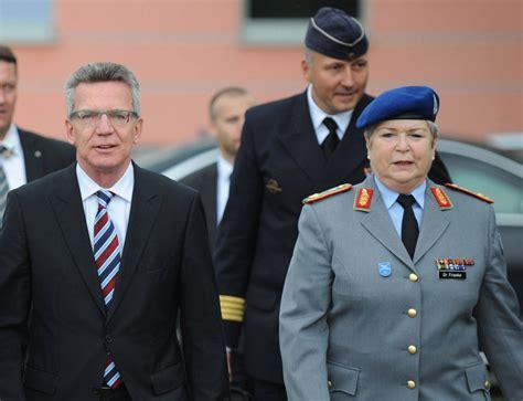 bilderstrecke zu von der leyen verteidigungsministerin