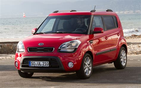 kia soul pictures information  specs auto databasecom