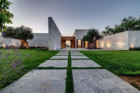 modern landscaping modern luxury villas designed by gal marom architects