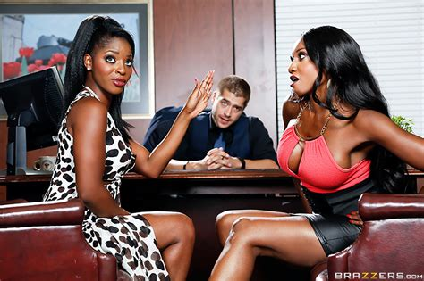 Squirt Off 2014 Free Video With Diamond Jackson Brazzers