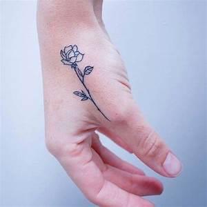 Tatouage De Rose : tatouage rose main ces tatouages de rose qui ne faneront ~ Melissatoandfro.com Idées de Décoration