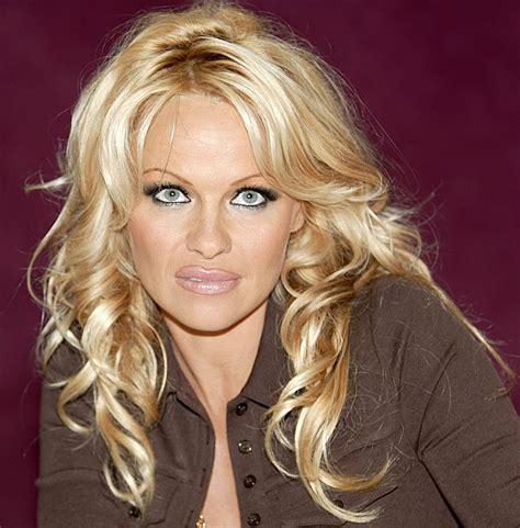 Pamela Anderson - Pamela Anderson Photo (1092504) - Fanpop